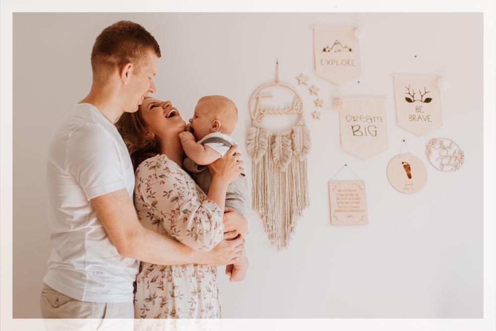 sesja-niemowlęca-w-domu-warszawa