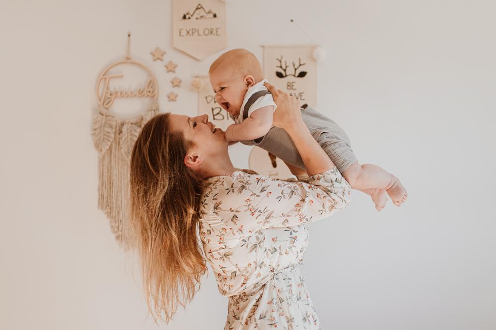 Sesja niemowlęca w domu, Warszawa